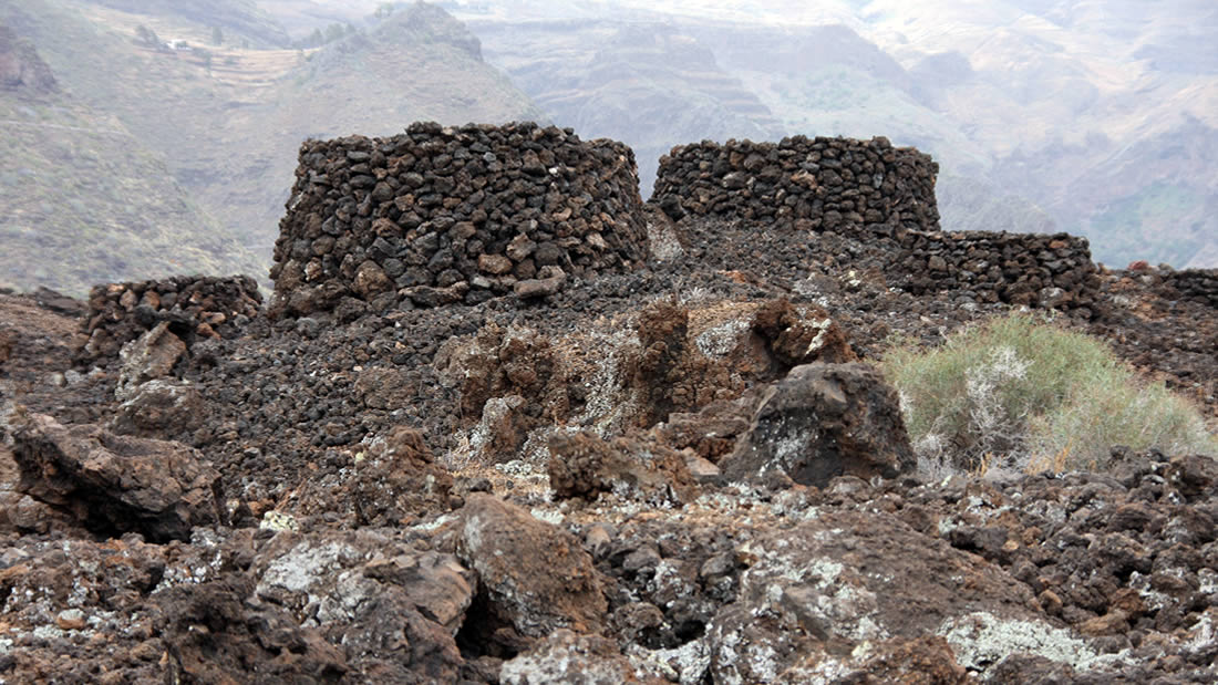 La Necrópolis de Maipés en Agaete - Parque Arqueolóico - Gran Canaria